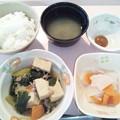1月24日朝食(高野豆腐と青梗菜のそぼろ煮)