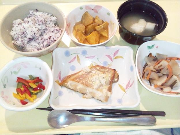 2月23日夕食(カレイの薬味焼き・ゆかり御飯) #病院食