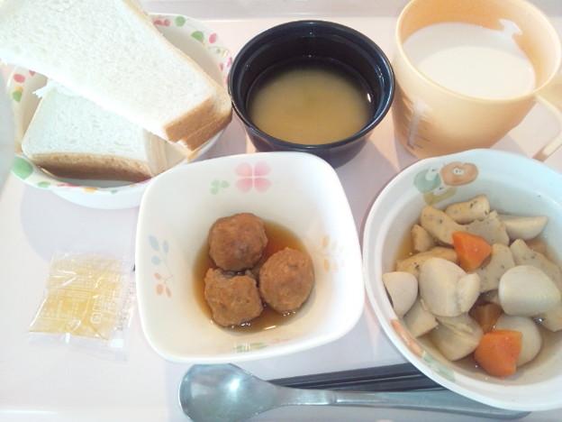 2月24日朝食(野菜つみれの煮物) #病院食