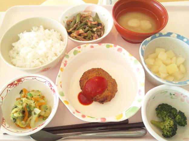 Photos: 2月24日昼食(ハンバーグ) #病院食