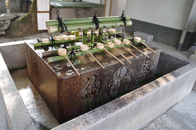 Photos: 石切劔箭神社(石切神社) 手水舎