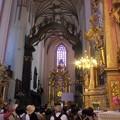 聖母マリア教会内部