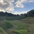 写真: 鉢形城_土塁と空堀