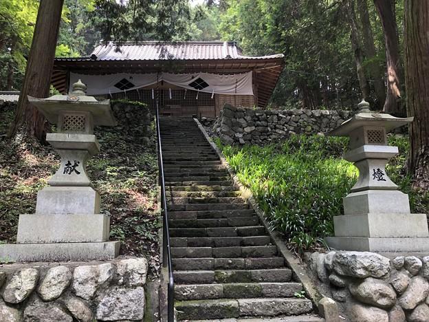 武田八幡宮 拝殿