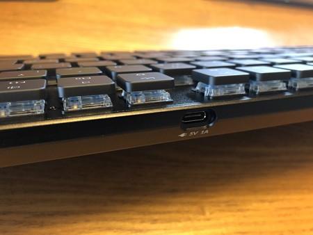 メカニカルキーボード USB