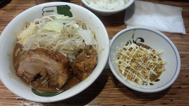 雷 松戸駅東口店