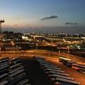 撮って出し。。夕暮れ羽田空港から見る風景 5月27日