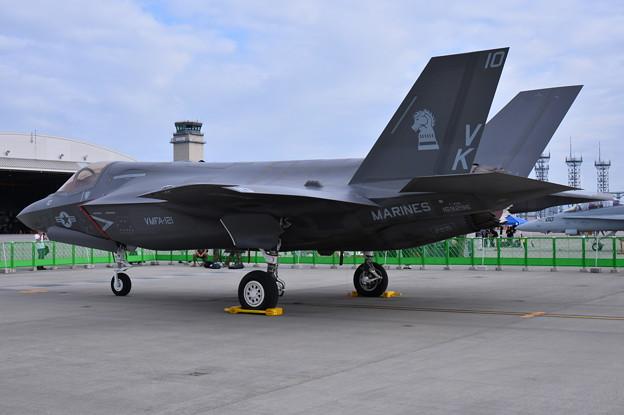 岩国基地のVMFA-121Greenknights 日本初公開ステルス戦闘機