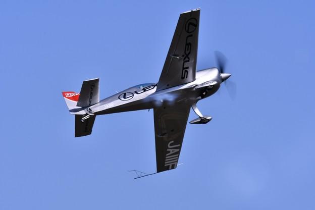 見せてくれるエアレースパイロット室屋さん岩国でも 20170505