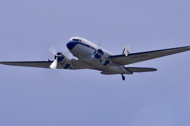 岩国基地から神戸へと。。離陸1940年製ダグラスDC-3 20170506
