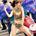 色っぽく腰振って踊り子。。サンバパレード 20170717