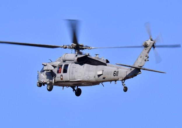 ある日の厚木基地。。HSC-12ゴールデンファルコンズ MH-60Sアプローチへ 20180104