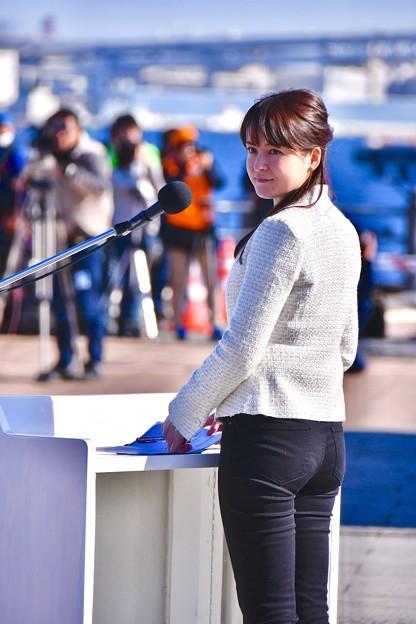 横浜消防出初式の司会で綺麗な地元神奈川テレビアナウンサー 20180107