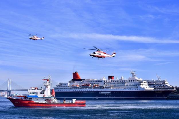横浜消防出初式。。消防ヘリコプター救出訓練へ。。20180107
