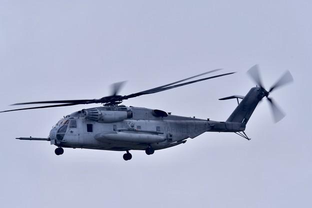 嘉手納基地上がり。。米海兵隊CH-53Eスーパースタリオン
