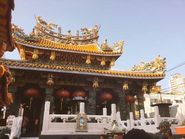 撮って出し。。横浜中華街の春節人出の多い 関帝廟  2月24日