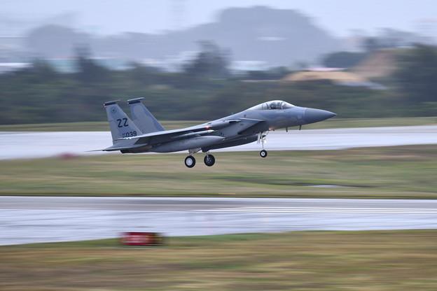 雨降りの中。。続々と帰投ZZのF-15 流し撮りでアプローチ (4) 20180108