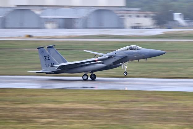 雨降りのランウェイエアブレーキ出して着陸ZZのF-15 20180108