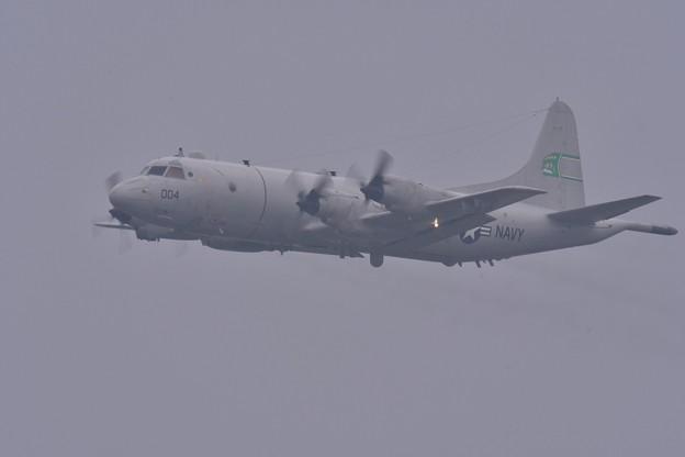 雨降りの中。。米海軍P-3C哨戒機上がり 嘉手納基地 20180109