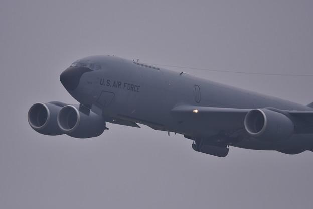 雨降りの中。。嘉手納基地上がりKC-135ストラトタンカー 20180109