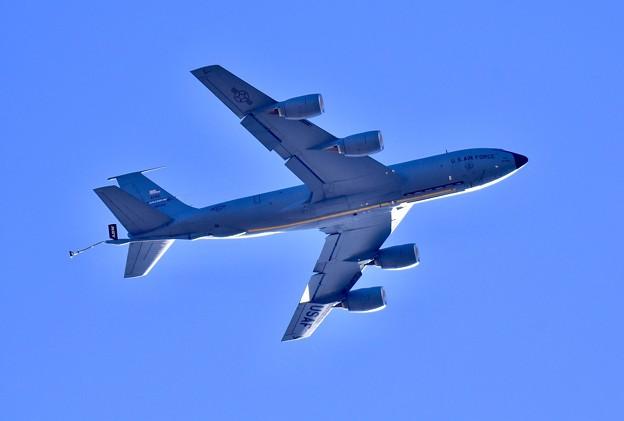 ある日の厚木基地。。横田へ向かうグリソムのKC-135 (1) 20180125