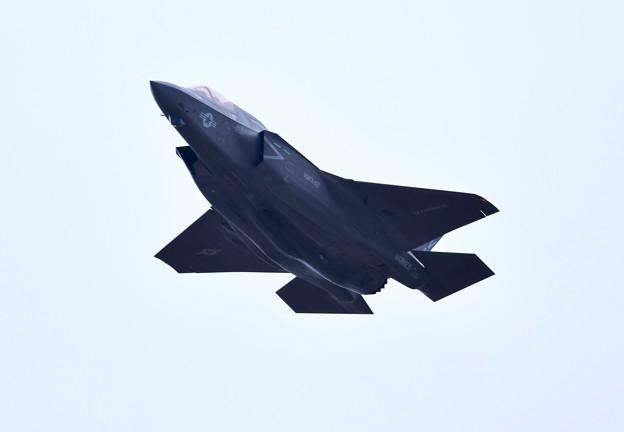 撮って出し。。岩国基地よりローカルへF-35B 上がり(1) 3月21日