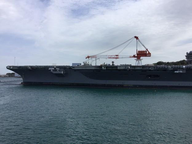 写真: 撮って出し。。春の米海軍横須賀基地一般開放 空母ロナルドレーガン 4月7日