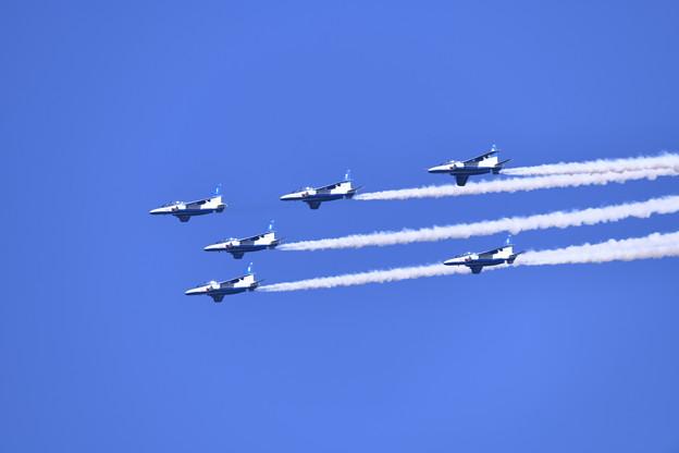 芦屋基地航空祭予行練習ブルーインパルス フェニックスローパス 20180217