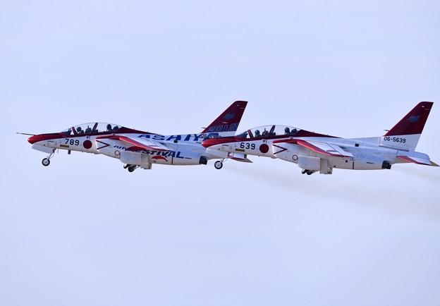 芦屋基地航空祭。。オープニングフライトへレッドドルフィンフォーメーション 20180218
