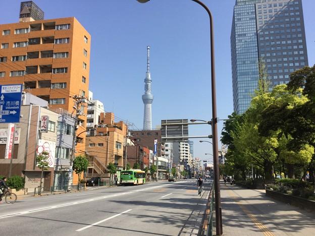 撮って出し。。錦糸町から見える東京スカイツリー 4月22日