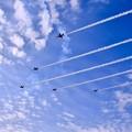 写真: 芦屋の大空でブルーインパルスデルタ飛行。。20180218