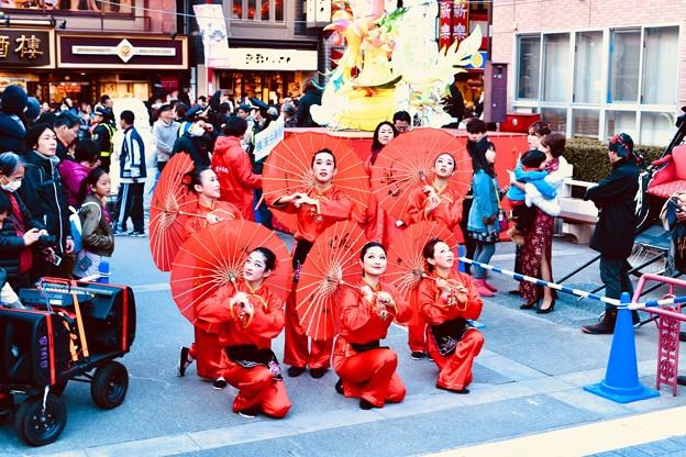 横浜中華街春節 祝舞遊行フィナーレ 最後のポーズで終えて 20180224