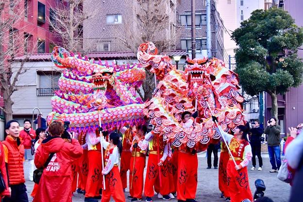 横浜中華街春節 祝舞遊行フィナーレ 龍舞最後まで楽しませる 20180224