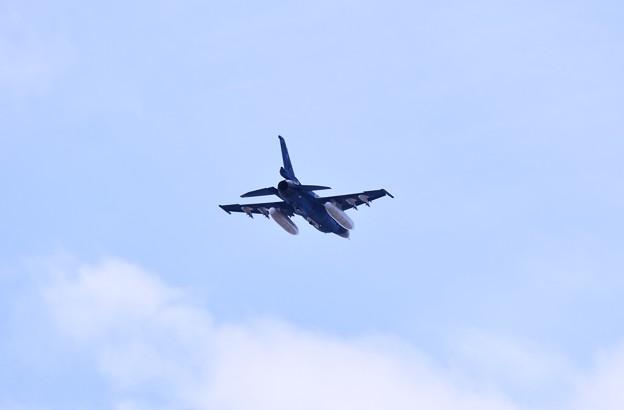撮って出し。。静浜基地航空祭 岐阜からF2 白いもの付けて 5月20日