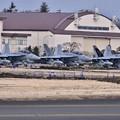 写真: ある日の横田基地。。VAQ209スターウォーリアーズ飛来 20180311