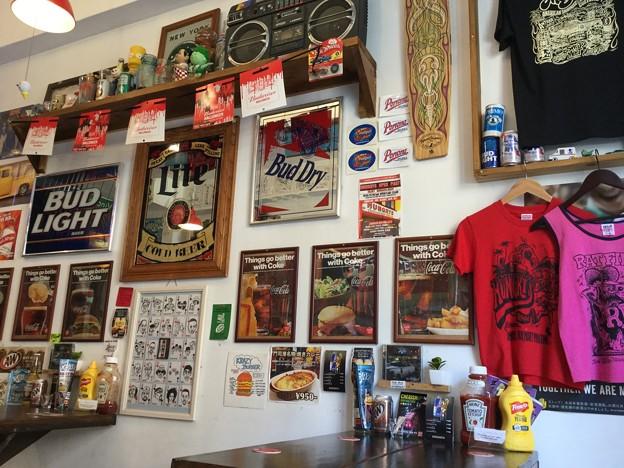 撮って出し。。ロバート秋の弟さんのお店はアメリカな雰囲気 6月2日
