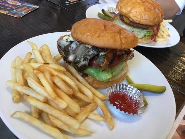 撮って出し。。アメリカンなバーガーを食す 6月2日