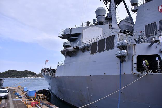 米海軍横須賀基地一般開放 ミサイル駆逐艦カーティスウィルバー 20180407