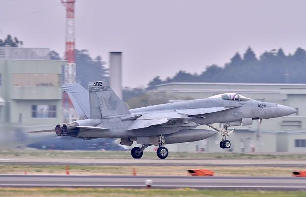 日米共同訓練。。米海軍チッピー NF402(2) 上がり 20180411