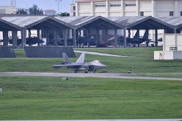 撮って出し。。今日獲物F-22ラプター 今月末の限定配備 6月17日