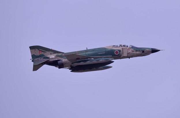 日米共同訓練合間で上がる偵察機RF-4 上がり 20180411