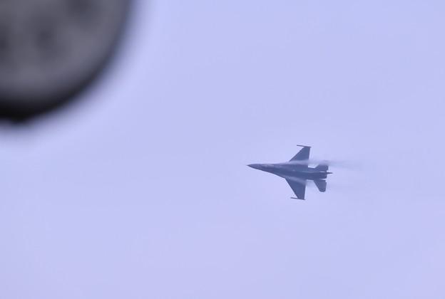 撮って出し。。札幌航空ページェント事前予行 米空軍F-16軽く偵察 丘珠空港 8月11日