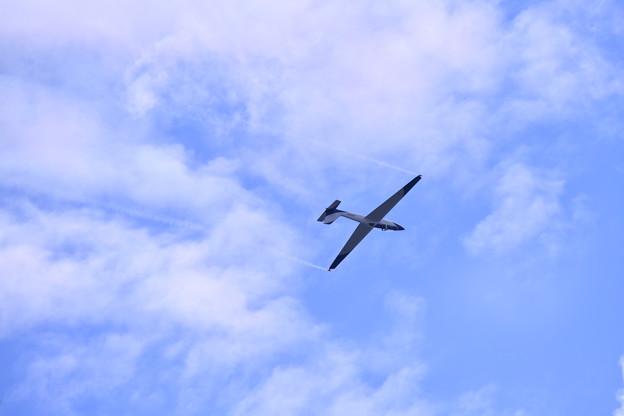 撮って出し。。夏の札幌航空ページェント 自由落下でグライダー飛行 丘珠駐屯地 8月12日
