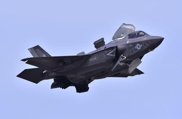 岩国の米海兵隊航空機による総合デモ飛行 F35B上がり 20180505