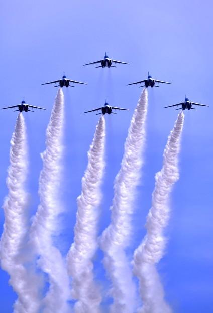 静浜基地航空祭。。ブルーインパルス最後はデルタローパス 20180520