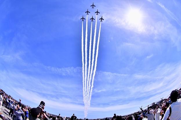 Photos: 静浜基地航空祭。。静浜の青空でデルタローパス(1) 20180520