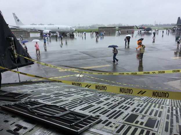 写真: 撮って出し。。雨の横田基地友好祭。。ギャラクシーから見えた風景 201800915