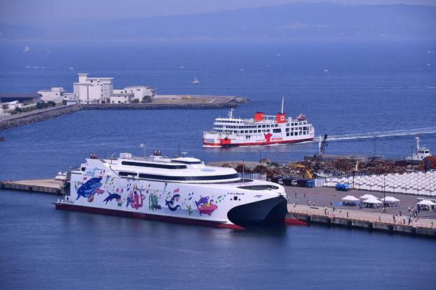 久里浜港に寄港したナッチャンWorld(3)東京湾フェリー 20180527