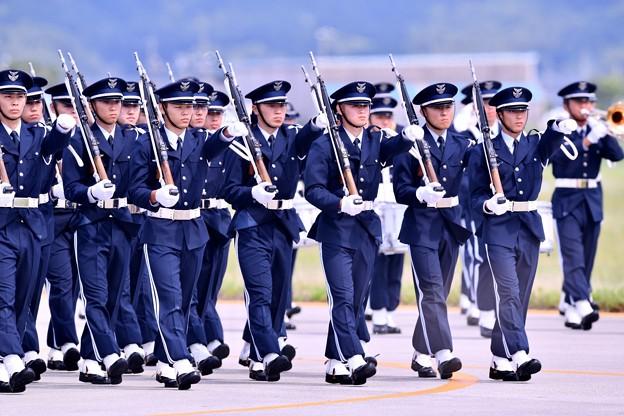 防府基地航空祭。。航空学生鉄板隊行進