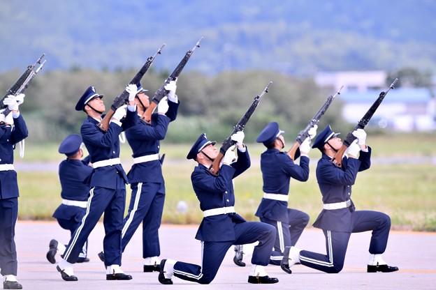 防府基地航空祭。。最後は鉄砲発砲